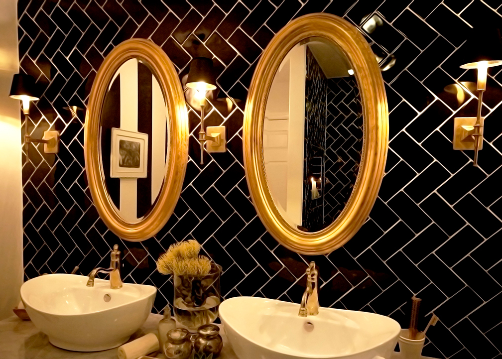 Little Luxe New York Bathroom - Genevieve GorderGenevieve Gorder